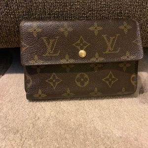 Authentic Louis Vuitton tri-fold wallet